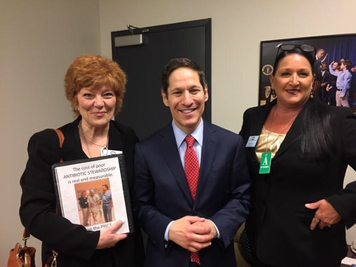 Victoria Nahum and Carole Moss with CDC Diretor Thomas Frieden